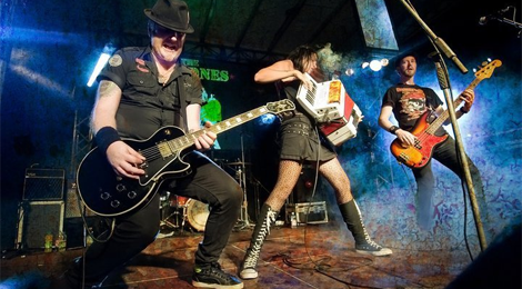 The Mahones are on tour